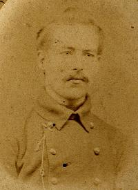 Onbekende man in uniform.